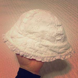 Carter's Eyelet Sun Hat, Size 3-12Mo